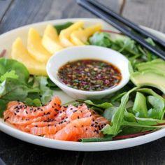 Sashimisalat med laks og ponzusaus Sashimi, Thai Red Curry, Cantaloupe, Salsa, Mango, Mexican, Cookies, Fruit, Ethnic Recipes
