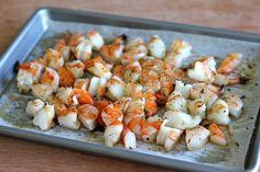 Roasted Shrimp Enchiladas with Jalapeño Cream Sauce - Smothered in a rich, jalapeño cream sauce, how can you resist? Shrimp Dishes, Shrimp Recipes, Asian Recipes, Mexican Food Recipes, Healthy Cooking, Cooking Recipes, Cooking Ideas, Shrimp Enchiladas, Roasted Shrimp