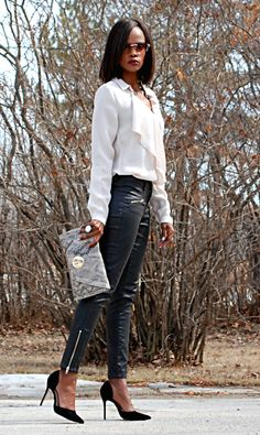 On today's blog: stylemydreams.wordpress.com #ootd #skinnyjeans #snakeskin #exposedzippers #springtrends #fashion #streetstyle #fashionblogger