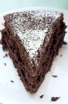 Low FODMAP Recipe and Gluten Free Recipe - Cocoa & cinnamon cake --- http://www.ibs-health.com/low_fodmap_cocoa_cinnamon_cake.html
