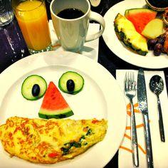 Breakfast Buffet, Scrambled Eggs, Avocado Egg, Smoothies, Happy, Food, Smoothie, Breakfast Buffet Table, Essen
