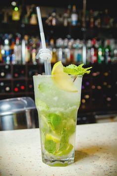 Fête du mojito : Confiture, fruits, piments... Nos astuces pour changer de la recette traditionnelle #mojito #cocktail #boisson #apéro #recette