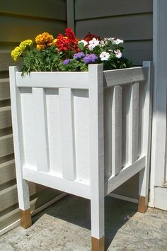 39 Budget Curb Appeal Ideas That Will Totally Change Your Home Diy Wood Planters, Front Porch Planters, Flower Planters, Planter Boxes, Planter Ideas, Colorful Plants, Backyard Landscaping, Backyard Ideas, Landscaping Ideas