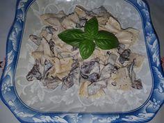 Lulu - Povesti din Bucatarie: Paste cu sos de ciuperci trambita piticului Paste, Chicken, Meat, Food, Eten, Meals, Cubs, Kai, Diet