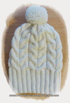 Robótki Ręczne Ewy: Zimowa Czapka z Pomponem