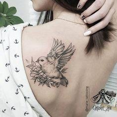 Back shoulder bird by Marie