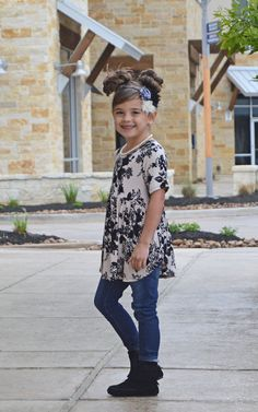 Little Girls Floral Top, Ruffle Bottom, Damask Top, Top, Online Shopping, Kids Fashion, Fashion, Short Sleeve Top, Boutique, Ryleigh Rue Clothing, Online Boutique, Spring Fashion