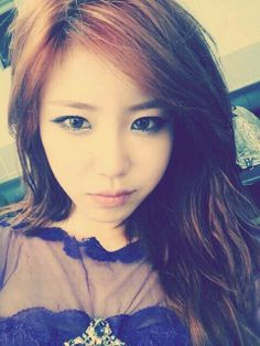 Hyosung Takes a Selfie to Celebrate Her Solo Comeback