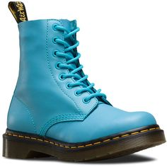 Dr. Martens Pascal Short Lace-Up Low Boot (51.800 CLP) ❤ liked on Polyvore featuring shoes, boots, ankle booties, wild aqua blue, laced booties, laced up booties, short booties, laced boots and lace-up booties