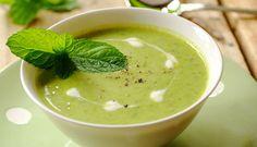 Receta crema de guisantes Thermomix. Un plato sencillo, nutritivo y rapido con muy bajo contenido en grasa, para mantener una estupenda silueta