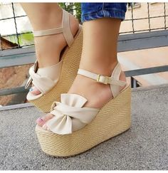 Fashion Models, Fashion Show, Fashion Design, Suede Heels, Espadrilles, Footwear, Wedges, Sandals, My Style