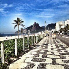 Praia de Copacabana! Copacabana Beach!