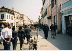 Shkoder viti 1988. Socialist State, Street View, Places, Beautiful, Albania, Lugares