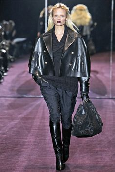 Gucci - this jacket !!!!!!!!  ..... is somptuous !