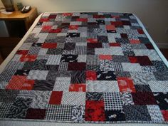 Double Slice quilt.  Tutorial from Missouri Star Quilt Company.