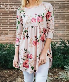 Love the roomy babydoll top. This tunic will be your new favorite! Soft and cozy, empire waist styling and three quarter length sleeves. Pair with: distressed denim, white denim, or our mot Floral Tunic, Floral Tops, Floral Prints, Spring Summer Fashion, Spring Outfits, Short Shirts, Zooey Deschanel, Mode Hijab, Chiffon Tops