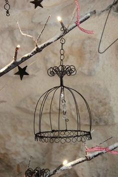 Wire Crafts, Metal Crafts, Sculptures Sur Fil, Wire Chandelier, Art Fil, Wire Crosses, Copper Wire Art, Photo Souvenir, Wire Tree Sculpture