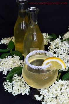 Cold Drinks, Alcoholic Drinks, Cocktails, Romanian Food, Romanian Recipes, Tea Cafe, Health Snacks, Dental Health, Drinking Tea