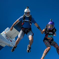 If you want to go fast, go alone.If you want to go far, go together #freeflycouple #flyingaround #skydiving4vibe #gopro #goprooftheday #freefly #skydive #iloveskydiving #blueskies #cookiehelmets #headdown #goprophotography #jointheteem #verticalsuits #b