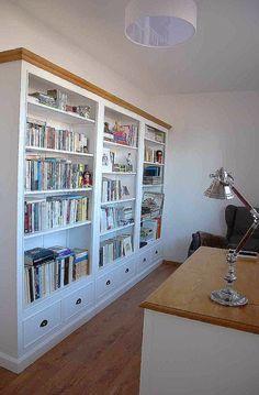 anglický venkovský styl Anglická sezóna  Love the bookcase