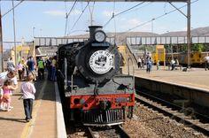 Friends of the rail, Pretoria. Photo by JdB South African Railways, Old Steam Train, Steam Railway, Train Journey, Pretoria, The Beautiful Country, Freedom Of Speech, Steam Engine, Steam Locomotive