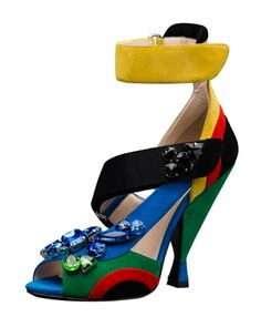 ♥African Inspired: Embellished Asymmetric Suede Sandal by Prada Kitenge, Suede Sandals, Shoes Sandals, Sandals 2014, Shoes 2014, Style Ethnique, Kinds Of Shoes, Funky Shoes, Fab Shoes