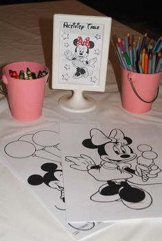 Could do this with Mickey pics or the whole gang--Minnie Mouse Birthday Party Ideas Mickey Mouse Clubhouse Birthday, Mickey Party, Mickey Mouse Birthday, Minnie Mouse Party, Minnie Mouse Favors, Minnie Mouse Birthday Decorations, Second Birthday Ideas, Third Birthday, 3rd Birthday Parties