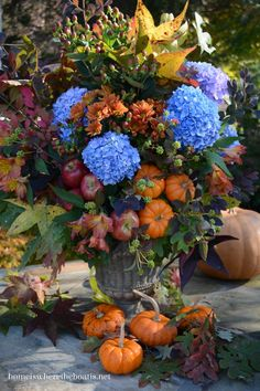 A Just Because Arrangement. . . Because the hydrangeas are moments away from being frost nipped . . . Because pumpkin season is coming to a close. . . Because I founda missing urn. . . Because the… Fall Containers, Fall Floral Arrangements, Autumn Decorating, Decoration Table, House Decorations, Fall Flowers, Fall Harvest, Autumn Inspiration, Ikebana