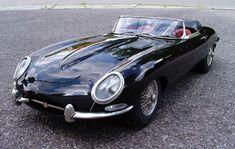 Jaguar E-type (04)