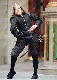 Kathryn Hunter as Richard III in the 2003 season at the Globe.