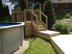 Patios & decks piscine – Patio Bois Traité - All About Backyard Pool Designs, Swimming Pools Backyard, Backyard Pergola, Patio Roof, Pergola Roof, Patio Plans, Pergola Plans, Pergola Ideas, Patio Ideas