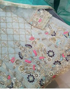 Embroidery Suits Punjabi, Hand Embroidery Dress, Wedding Embroidery, Embroidery Suits Design, Couture Embroidery, Embroidery Fashion, Hand Embroidery Designs, Zardosi Embroidery, Desi Wedding Dresses