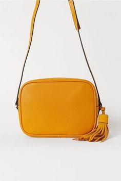239521dfba9c The 5 Best Handbag Colors | Who What Wear Shoulder Handbags, Shoulder Bags,  Best