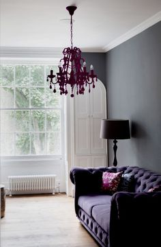Duncan Terrace, Islington, North London – There's nothing wrong with colour coordination and here, the matching of the sofa and the chandelier in differing grades of purple, works to great effect. Purple Home Decor, Purple Interior, Mid-century Interior, Interior Design, Winter Home Decor, Winter Decorations, Living Room Tv Unit Designs, Relaxation Room, Front Rooms