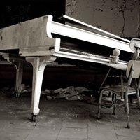 Kewpie, the virtuoso. Abandoned Buildings, Abandoned Places, Detroit Art, Beautiful Ruins, Exploration, Mysterious Places, Kewpie, Urban, Architecture