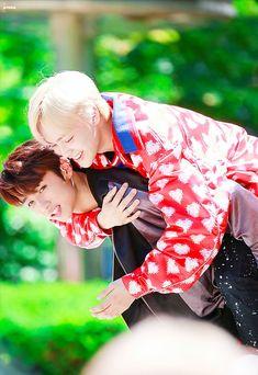 My Only Love, Lucid Dreaming, Ulzzang Boy, Youngjae, Kpop Boy, Jaehyun, Webtoon, Boy Groups, Couple Photos