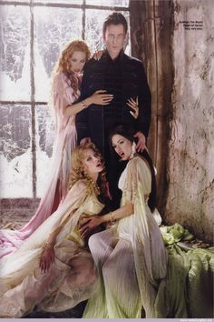 Marishka, Verona, Aleera, & Dracula from Van Helsing Vampire Bride, Vampire Love, Vampire Girls, Vampire Art, Bram Stoker's Dracula, Vampires And Werewolves, Kino Film, Creatures Of The Night, Classic Monsters