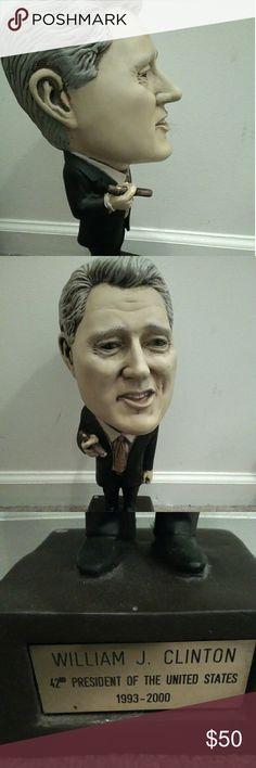 Bill Clinton statue Big head Bill Clinton statue Other