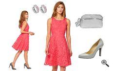 Ines Party Outfit für 2016 http://www.fancybeast.de/schoene-abiballkleider-2016-trends-kurz-spitze-party-outfit/ #Abiballkleider #Abiball #Ballkleider #Trend #Partyoutfit #Party #Outfit #Kleider #Dress Schöne Abiballkleider 2016 Trends Party Outfit