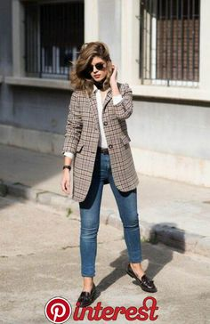Plaid blazer / autumn street style fashion Week , Plaid Blazer / Fall street style fashion , Street Style Source by fromluxewithlove