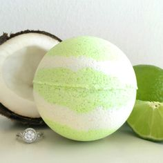 Pearl Bath Bombs Coco Lime-A-Rita Ring Bath Bomb Bath times never been so tropical! Soothing coconut and luscious citrus lime make the perfect paradise-inspired pair. You'll be convinced you're sipping and sitting pretty under a palm tree. This bath bomb contains a bubbling agent derived from coconut and palm that will foam and bubble in your bath!  Make your bathtub a luxuriously tropical destination with our bubbling Coco Lime-A-Rita Ring Bath Bomb!