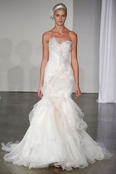 Marchesa – Bridal Fall 2013    TAGS:Ruffles, Floor-length, Strapless, White, Cream, Ivory, Marchesa, Silk, Tulle, Elegant, Princess