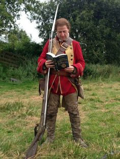 Outlander Costume ~~~Thanks for the Battle of Culloden boot camp training and experience of being on set of an incredible production shot in Scotland. Outlander Funny, Outlander Season 3, Outlander Quotes, Outlander Book Series, Outlander Casting, Outlander Tv Series, Sam Heughan Outlander, Outlander Characters, Terry Dresbach