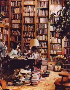 British cookbook author Nigella Lawson in her cookbook library in her London house. Nigella Lawson's book in our library collection: Nigella Lawson, Library Room, Dream Library, Library Ideas, Library Design, Cozy Library, Future Library, Beautiful Library, Future Office