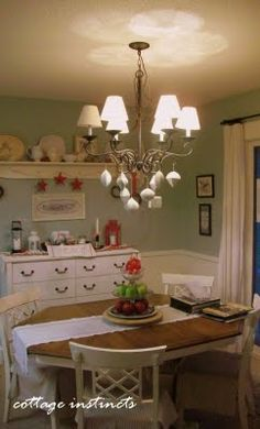 The small and charming tucked-away breakfast nook