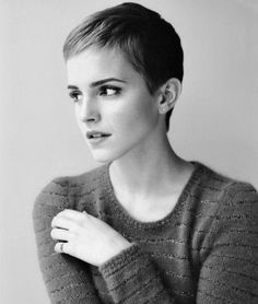 i know Emma has tons of girls crushing on her. but i would marry her in a second! I am a huge HP fan, but i just like Emma Watson's personality as well, she's extremely kind to everyone, and fun loving! her short hair makes my lesbian heart oh so jealous...