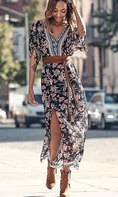 Womens Dresses: 50% Off Select Styles   EXPRESS
