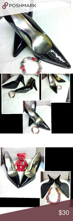 """"""" Vera Wang """"Black Patent  Heels.(Offers Accepted) Cherie Black Patent leather Heels,. Vera Wang   NOTE: left shoe has a flaw on side front ,and  a smudge on the left back.        """" Still Very Nice Shoes.""""   See Pic #4     Shoes are new , never worn . Flaws came from shoes being stored. Vera Wang Shoes Heels"""