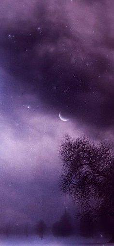 A Cloudy Purple night sky. Purple Sky, Purple Love, All Things Purple, Shades Of Purple, Purple Stuff, Plum Purple, Periwinkle, Wallpaper Tumblrs, My Sun And Stars