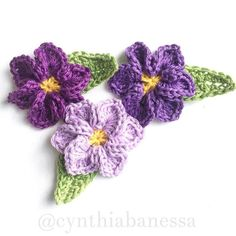 crochet flower motifs, crafts, how to, 3 shades of purple love these flower motifs